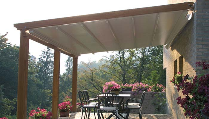 Awning_Retractable