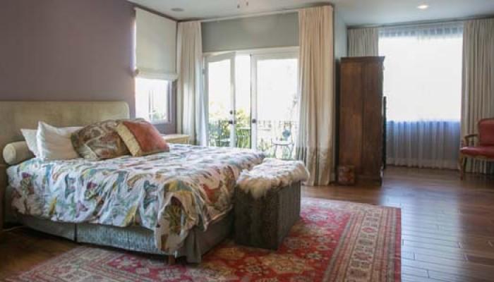 Tobias-bedroom