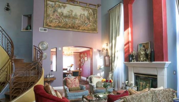 Tobias-livingroom